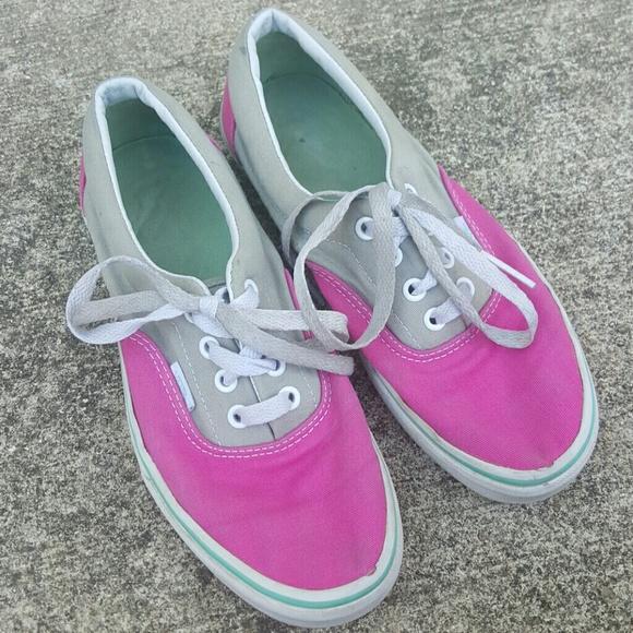 c9597856e4 VANs Retro grey pink colorblock canvas sneakers 7.  M 5b1a8eae951996dc57e1d450